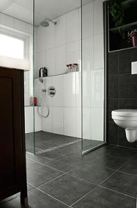 Tegelzetbedrijf g c cremer van idee naar ontwerp en uitvoeringwandtegels tegelzetbedrijf g - Tegels badkamer vloer wit zwemwater ...